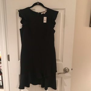 Black Ann Taylor LOFT size 8 flutter sleeve dress
